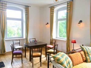 bahnhofgamburg-ferienwohnung-holidayrental-urlaub-mit-hund-wuerzburg-würzburg-aschaffenburg-rothenburg-ob-der-tauber-liebliches-taubertal-franken-franconia-luxus-luxury-hotel-motel-herberge-unterkunft-unterkuenfte-accommodation-rooms-rental-holiday-home-apartment-stay-guenstig-billig-cheap-wertheim-village-tauberbischofsheim-airbnb-traum-ferienwohnungen-118