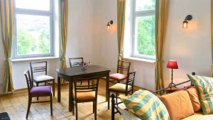 bahnhofgamburg-ferienwohnung-holidayrental-urlaub-mit-hund-wuerzburg-würzburg-aschaffenburg-rothenburg-ob-der-tauber-liebliches-taubertal-hotel-motel-herberge-unterkunft-unterkuenfte-accommodation-rooms-rental-holiday-home-apartment-stay-franken-franconia-luxus-luxury-guenstig-billig-cheap-wertheim-village-tauber-bischofsheim-airbnb-traum-ferienwohnungen-229