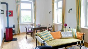 bahnhofgamburg-ferienwohnung-holidayrental-urlaub-mit-hund-wuerzburg-würzburg-aschaffenburg-rothenburg-ob-der-tauber-liebliches-taubertal-franken-franconia-luxus-luxury-guenstig-billig-cheap-wertheim-village-tauberbischofsheim-airbnb-traum-ferienwohnungen-hotel-motel-herberge-unterkunft-unterkuenfte-accommodation-rooms-rental-holiday-home-apartment-stay-237