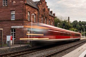 150-Jahre-Tauberbahn-Bildtitel-Bahnhof-Gamburg-copyright-by-Rainer-Schmidt-Fraenkische-Nachrichten-FN-Fotowettbewerb-1170143_1_gallerydetaillandscape_240659078_240658665-Ferienwohnung-Gamburg