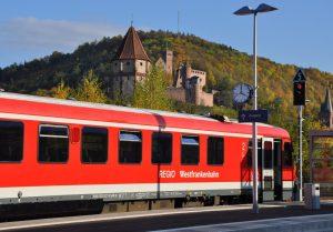 Taubertalbahn-150-Jahre-Tauberbahn-bahnhofgamburg-ferienwohnung-holidayrental-wuerzburg-würzburg-aschaffenburg-rothenburg-ob-der-tauber-liebliches-taubertal-franken-franconia-wertheim-village-tauber-bischofsheim-airbnb-traum-ferienwohnungen